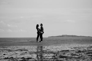 engagement shoot cramond beach Edinburgh_0017